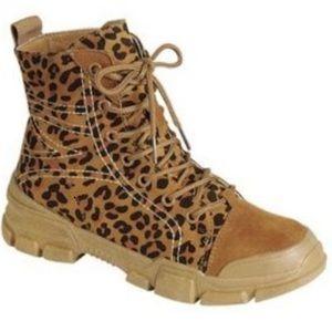 Women's Combat Boots 🥾 Size 8.5